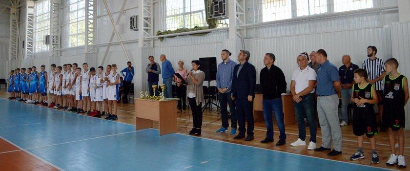 В Балте на новой спортивной арене прошли первые баскетбольные соревнования