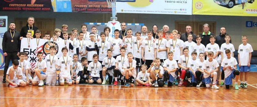 В Черкассах состоялась финальная часть ВЮБЛ среди игроков 2009 года рождения