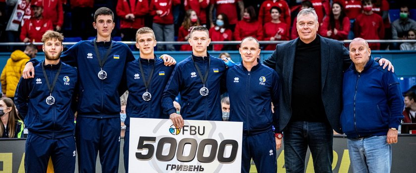 В Киеве наградили серебряных призеров чемпионата Европы по баскетболу 3х3