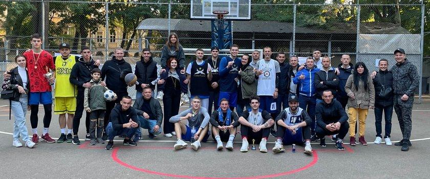 В Одессе осенним турниром StreetGame 3х3 закрыли сезон баскетбола 3х3