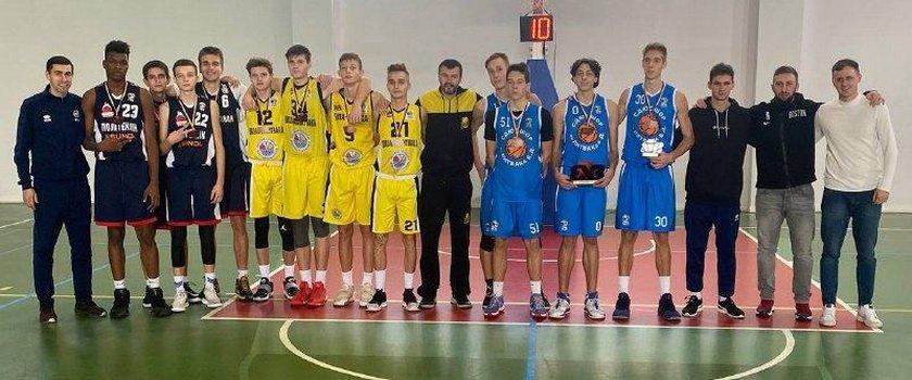 Юноши U-16 «БИПЫ» завоевали первое и третье места чемпионата Украины 3Х3, у команды U-18 – «серебро»